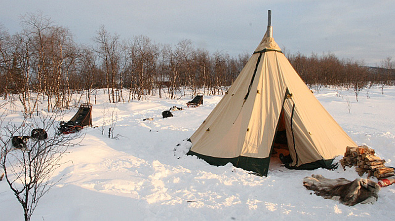 Camping Arctic-Style