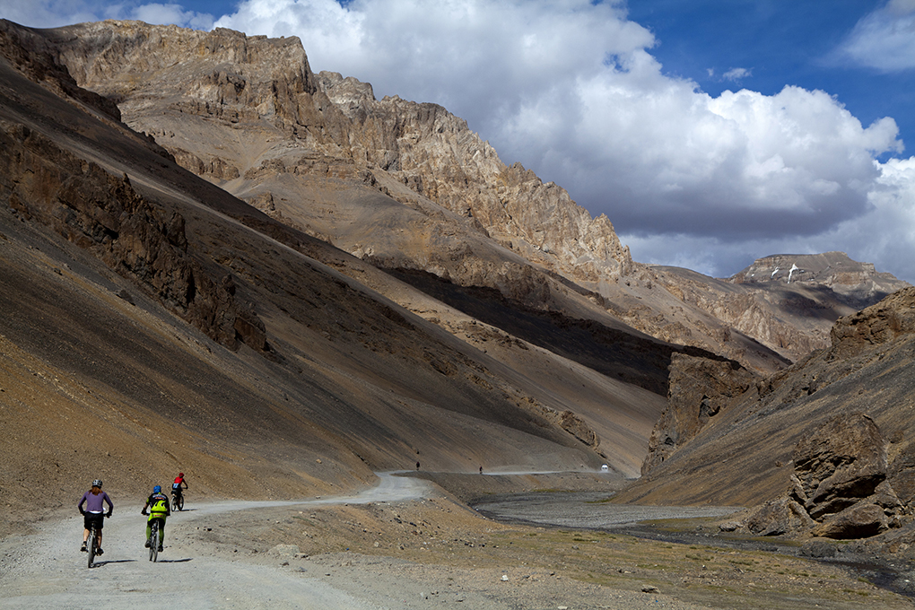 Manali to Leh scenery