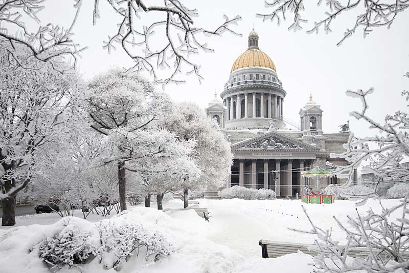 St. Isaac's Cathedral in the snow, St Petersburg