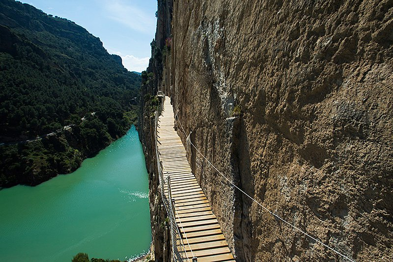 The path through El Chorro Gorge