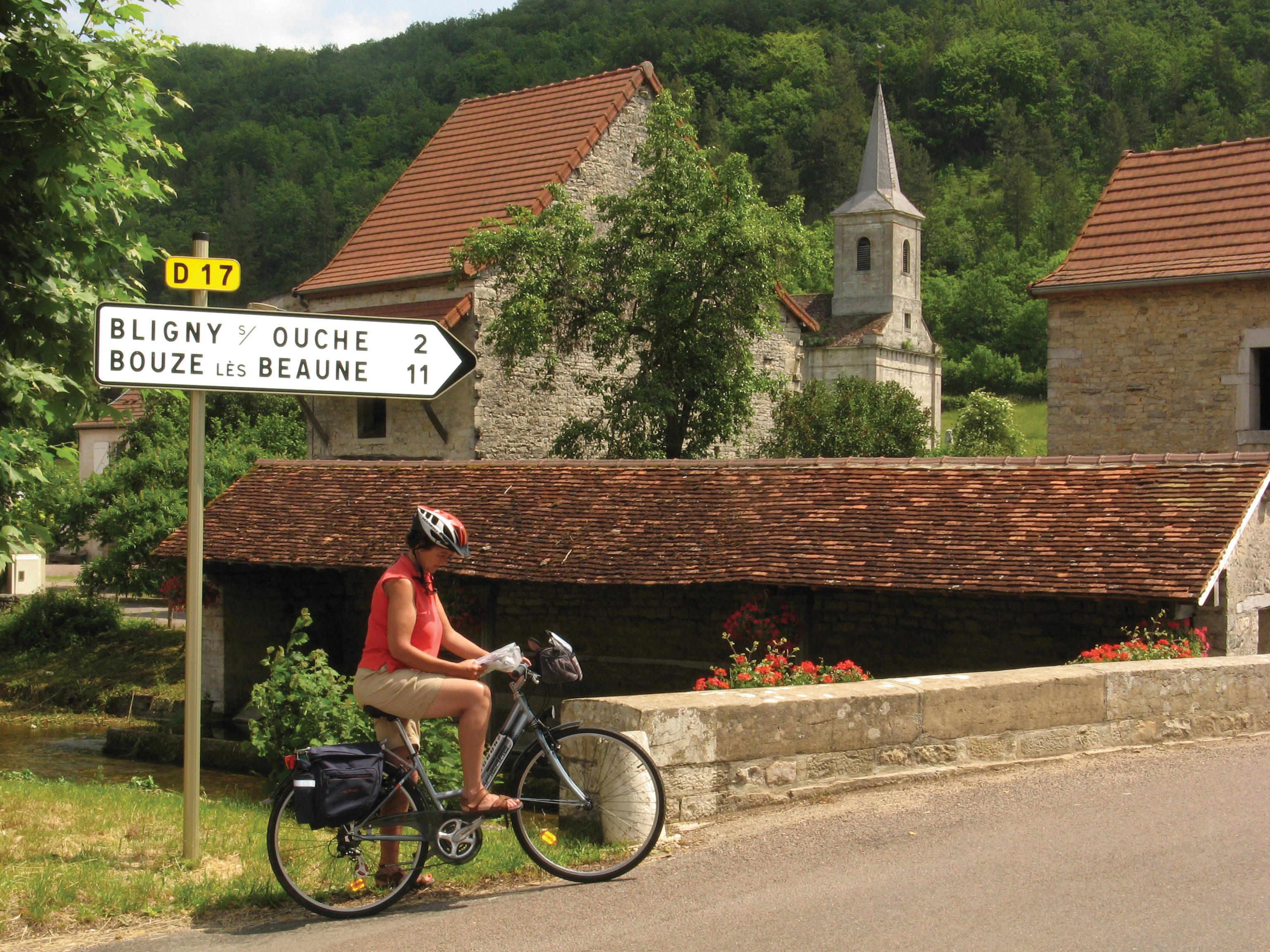 Cycling the Vineyards & Villages of Burgundy