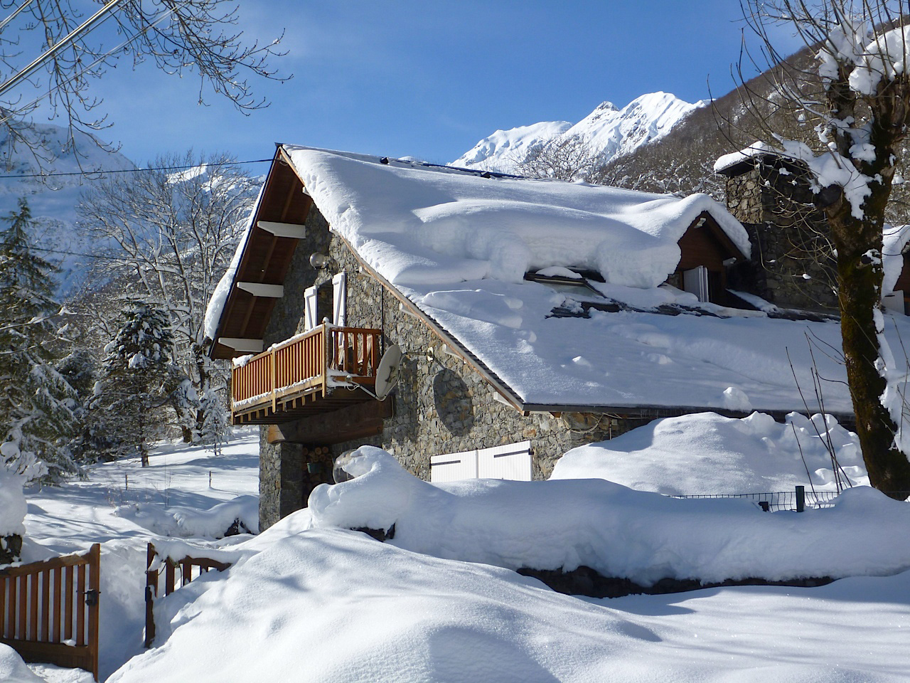 Pyrenees Winter Walk & Snowshoe