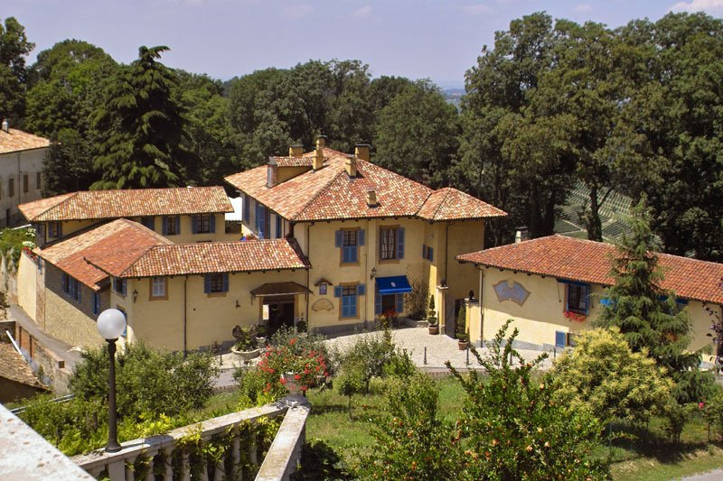 Cycling the Wine Villages of Piedmont, Self-Guided
