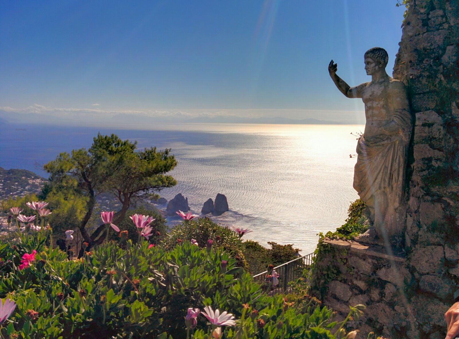 Walks of Amalfi, Capri & Sorrento