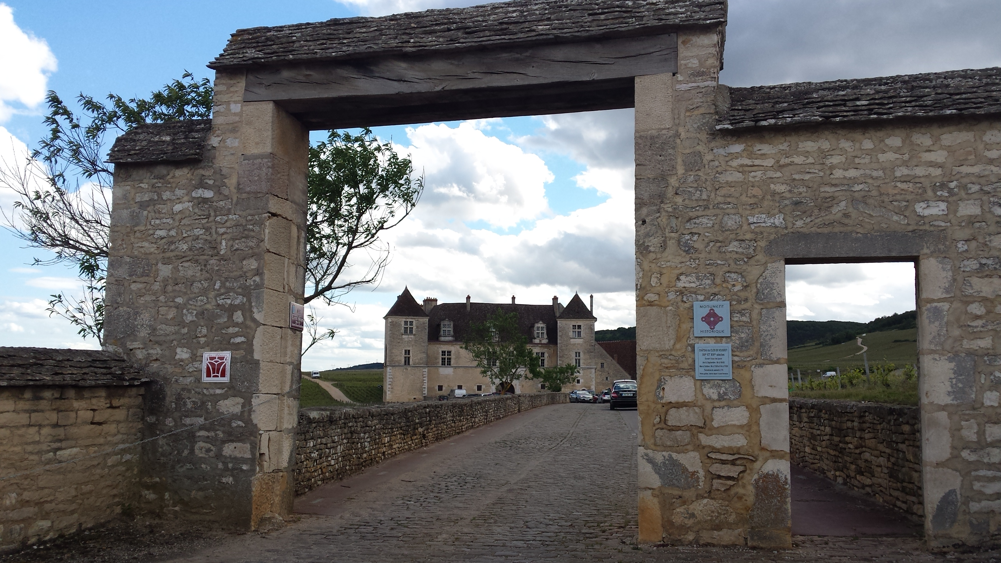 Headwater - Beaune Vineyards Self-guided Cycling