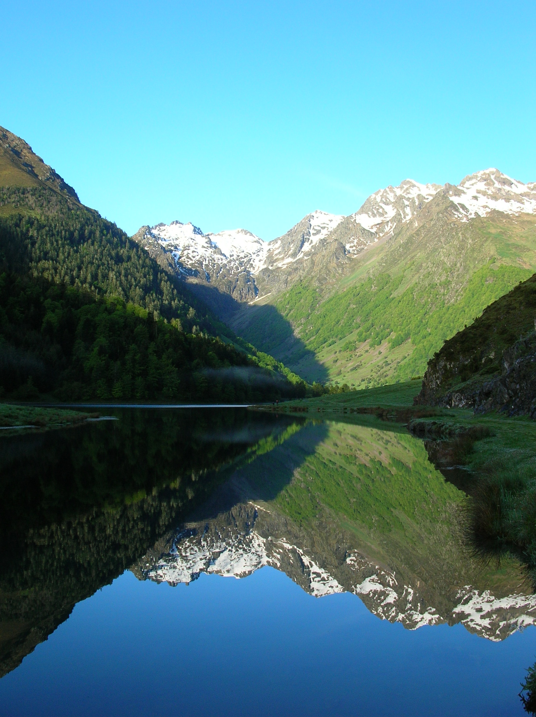 Headwater - Heart Of The Pyrenees, Self-guided Walking