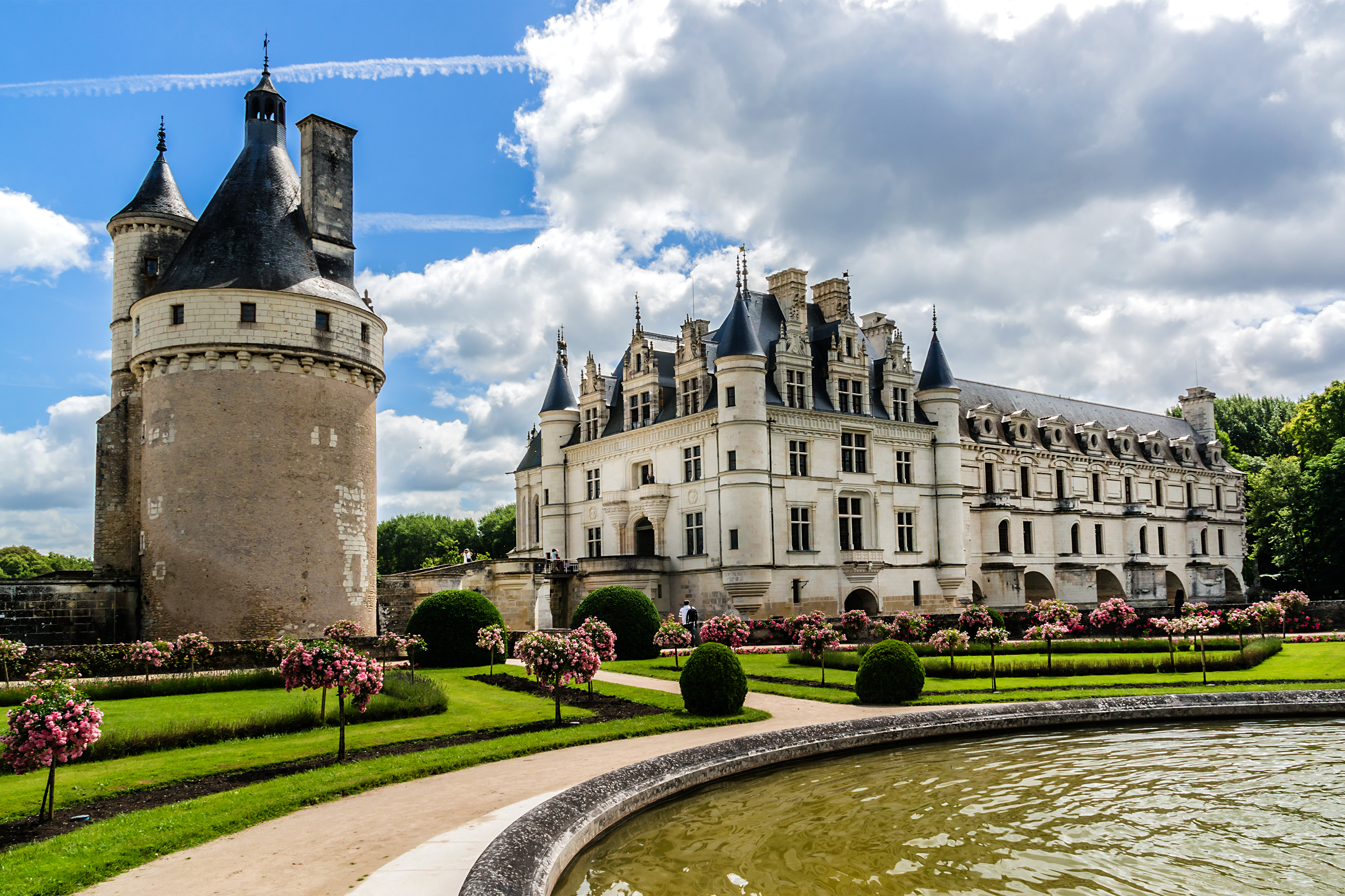 Cycling The Chateaux Of The Loire
