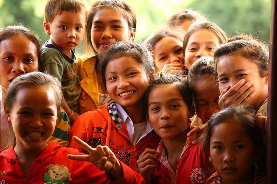 schoolchildren in Laos