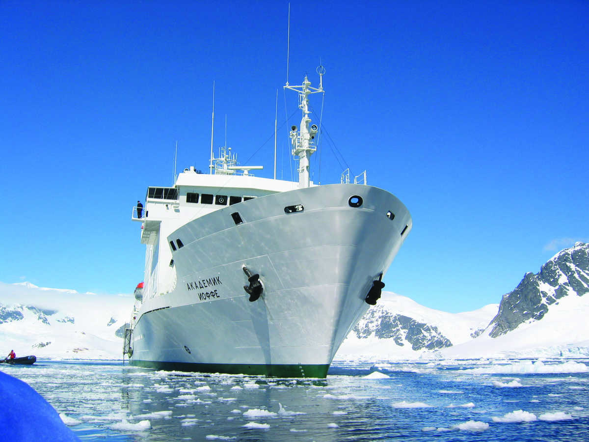 Akademik Ioffe, ice-rated ships, Polar regions