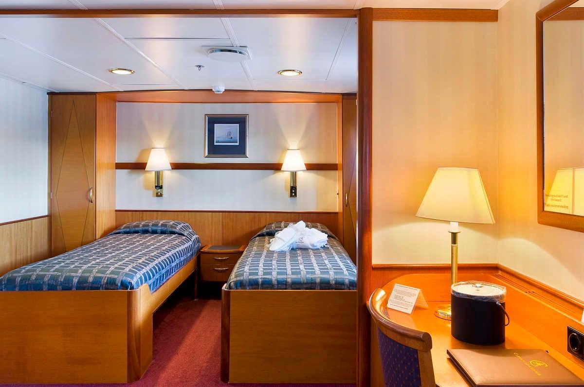 Cabin 402, Ocean Adventurer