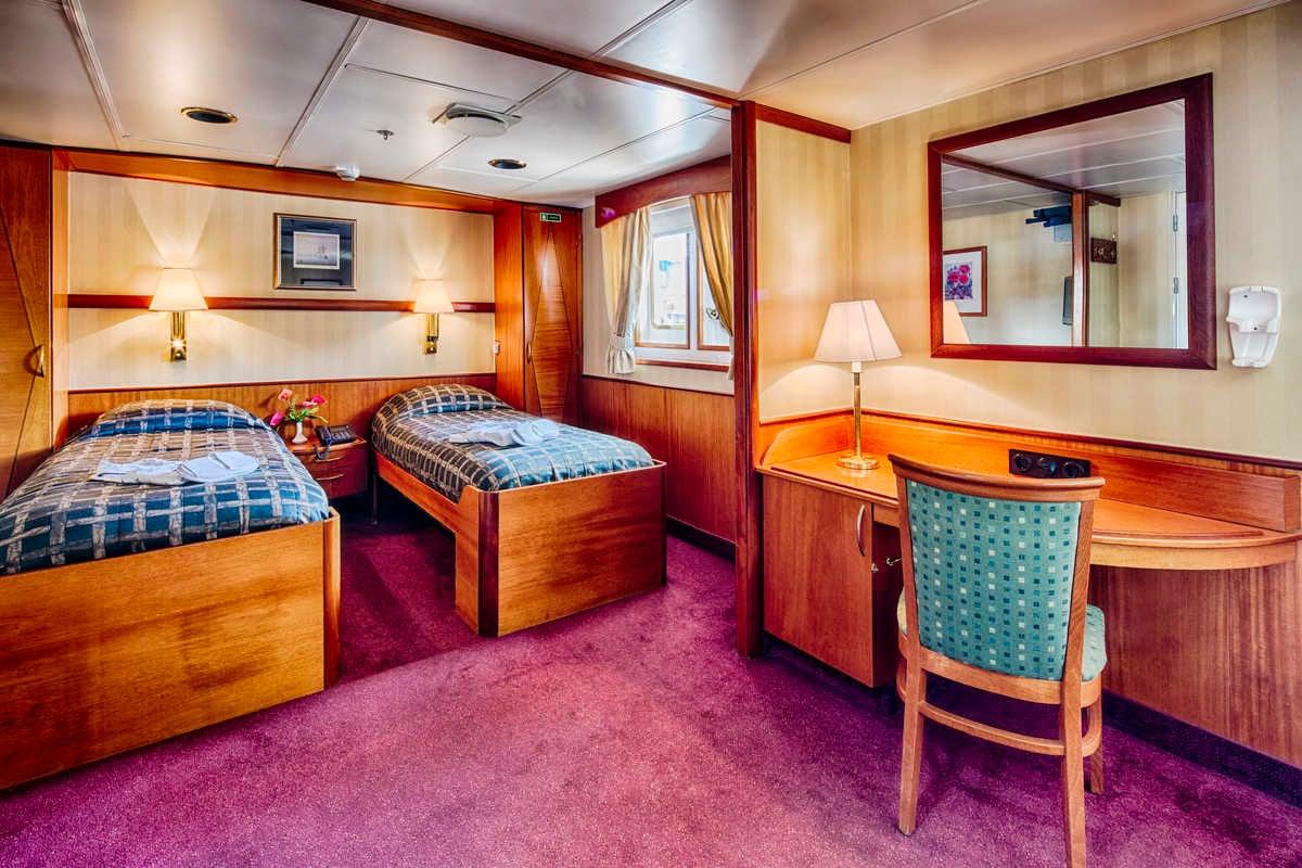 Cabin 402 Suite, Ocean Adventurer