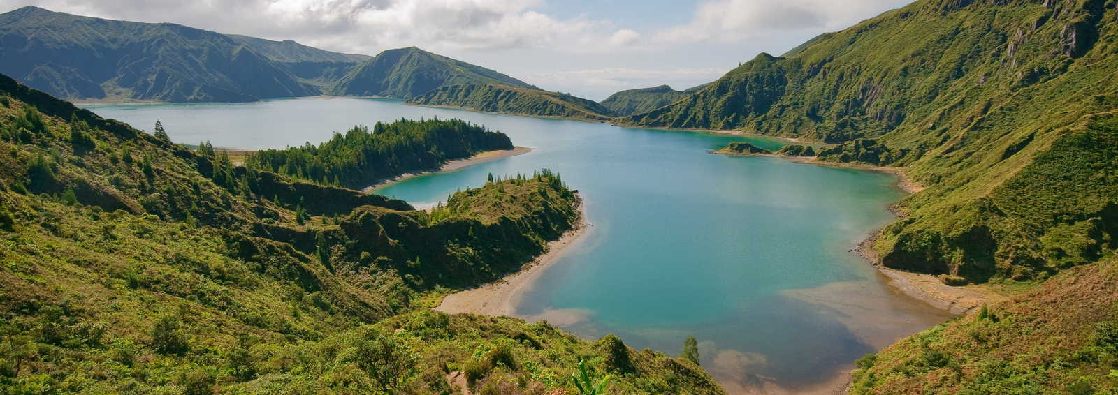 """A sight of the volcanic lake named """"lagoa do fogo"""" in Sao Miguel Island - Azores - Portugal"""