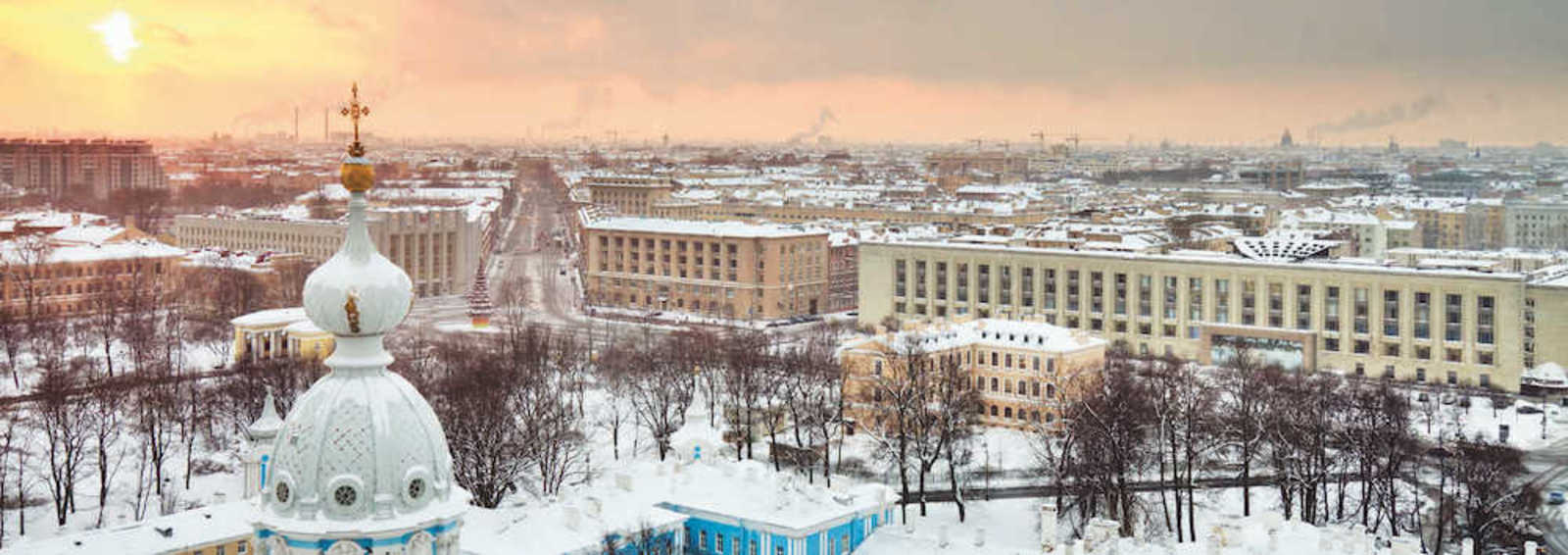 St Petersburg in the snow