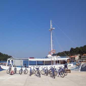 Boat trip to Miljet