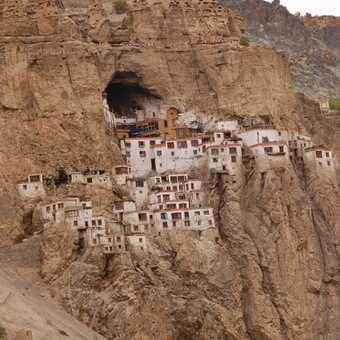 A monk at Phuktal