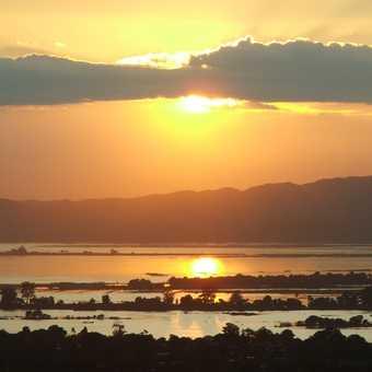 Sunrise at the teak bridge near Mandalay