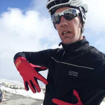 Warm Gloves for Long Descent