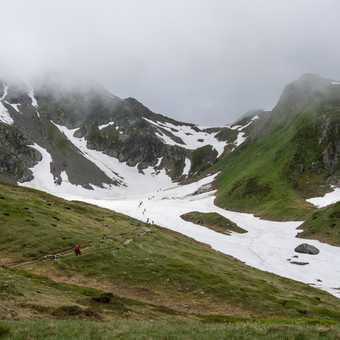 Descending to Val Montjoie