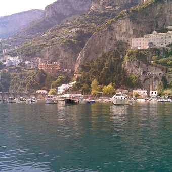 boat to emerald grotto 2