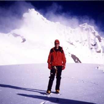 climbing in the karakorum
