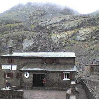 mountain refuge