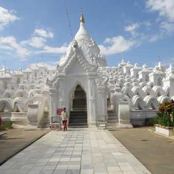Settawya Pagoda at Mingun