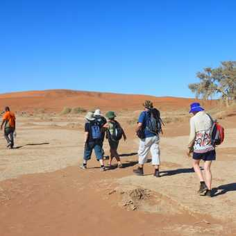 We march out into Deadvlei