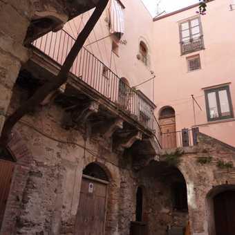 Cefalu courtyard