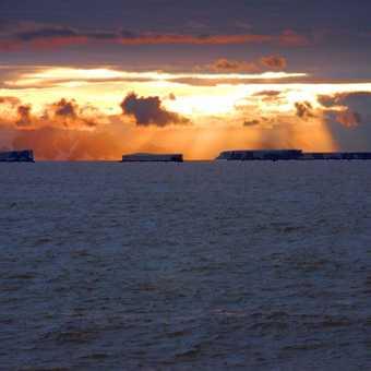 Cape Adare, Big Bergs & Sunset