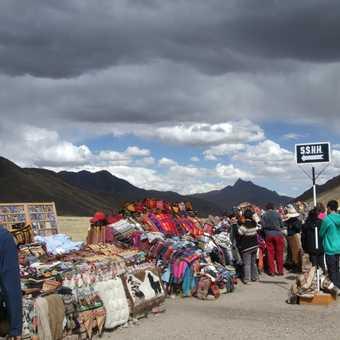 Roadside stalls on way to Punto