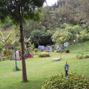 Camp at lake Bunyonyi