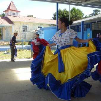 Dancer, at the elementary school, La Trinidad de Dota