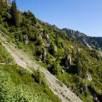 On the Grand Balcon trail from Plan Praz to Les Frasserands