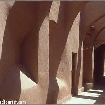 Old Allyes In Yazd