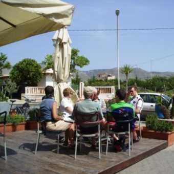 Coffee break at Avola