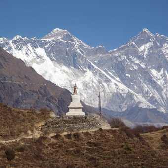 The Tenzing Norgay memorial we passed on the way back to Namche