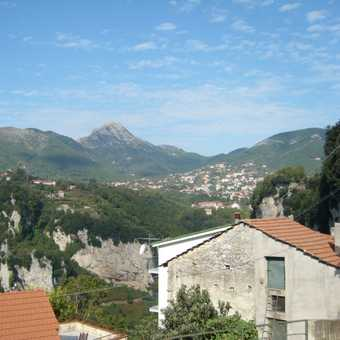 Looking back to Bomerano
