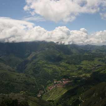 Above Arenas de Cabrales
