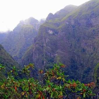 Valley Caldeirao Verde Walk