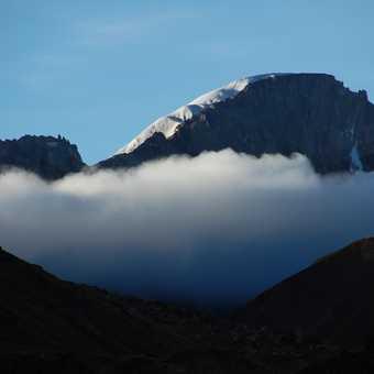 Snowy peaks near the Baralacha Pass