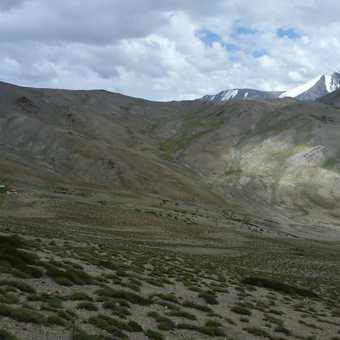 Walk towards camp of trek night 4, Stok Kangri in background
