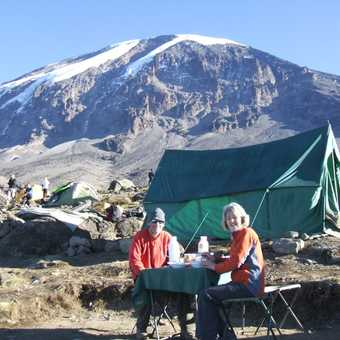 breakfast at karanga 4000m