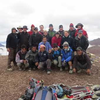 Group at Gongmaru Pass