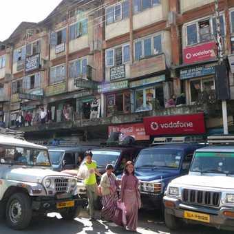 Driving into Darjeeling