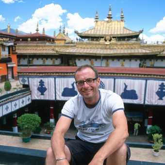 On the roof of the Jokang