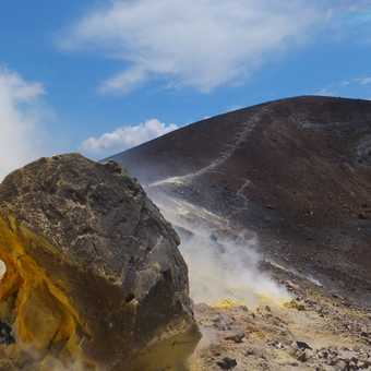 The colours of Vulcano