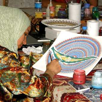 Pottery artiste at work