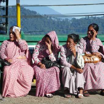 The dress in Darjeeling to show support of creating 'Gorkaland'