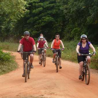 Cycling to Dambulla