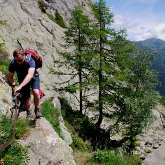 More climbing up to Lac Blanc